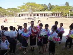 寄贈式に際して、生徒達があたたかく迎えてくれました。
